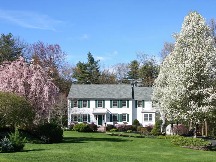 Fabulous Beautiful Colonial Home With Fantastic Landscaping For Sale Largest Home Design Picture Inspirations Pitcheantrous